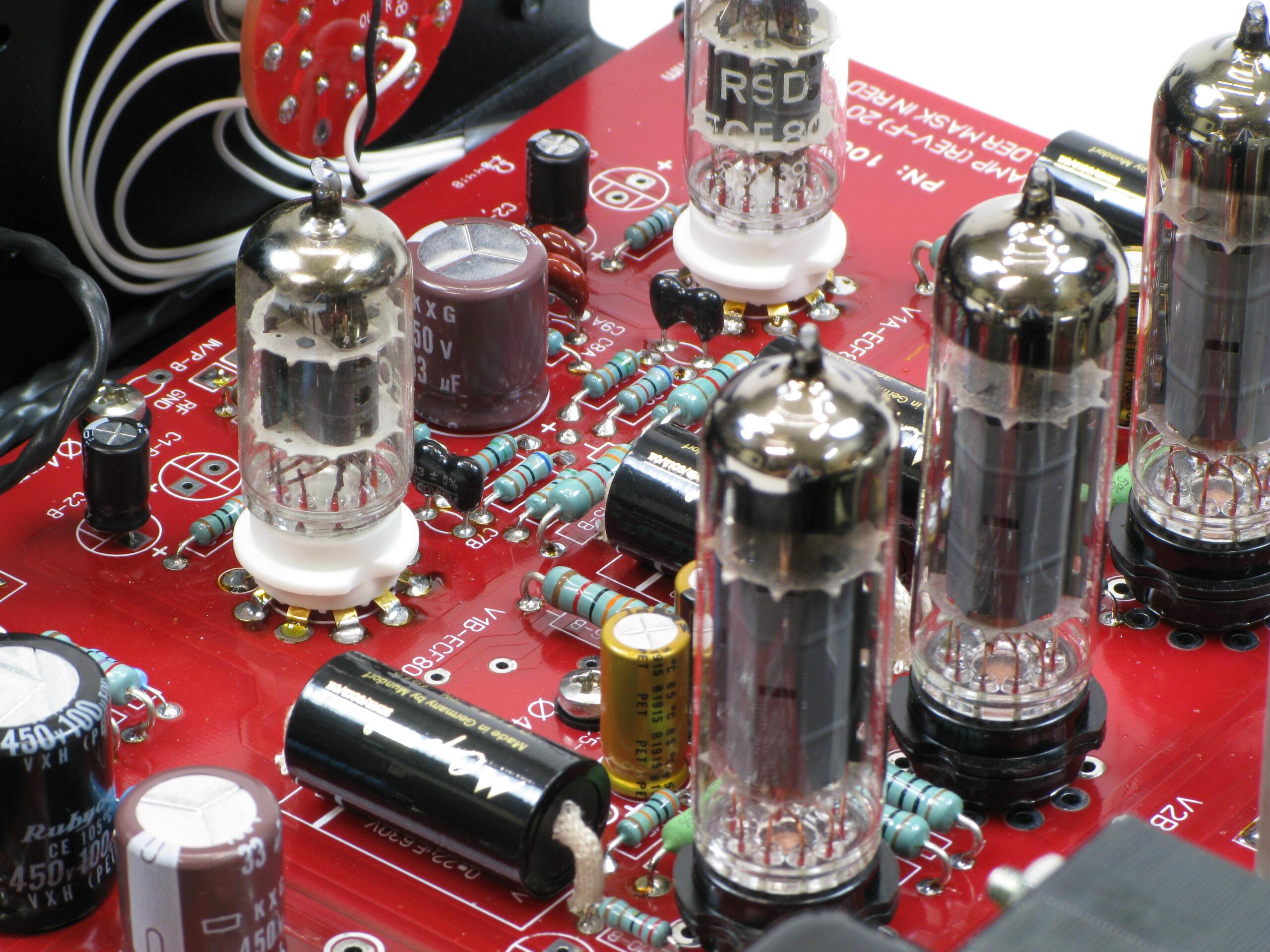 3 - EL84 Amps